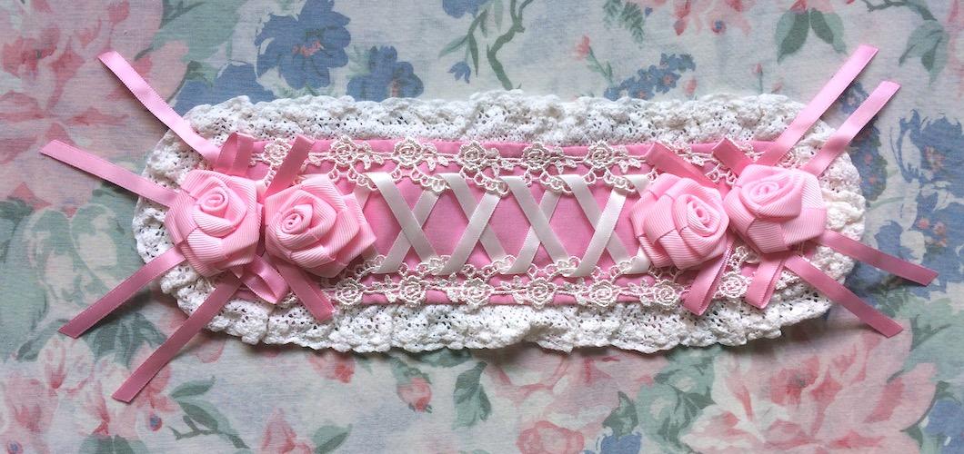 pink and white bodyline rose headdress