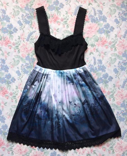 gothic mermaid print dress