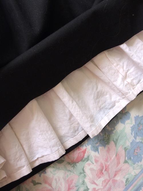 underskirt detail