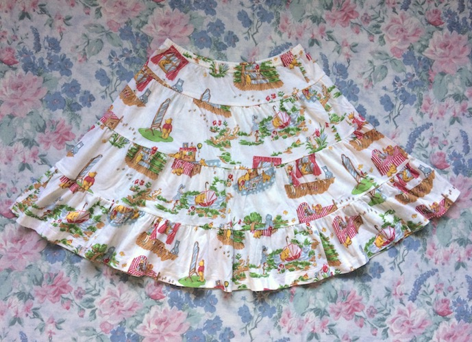 winnie the pooh print skirt