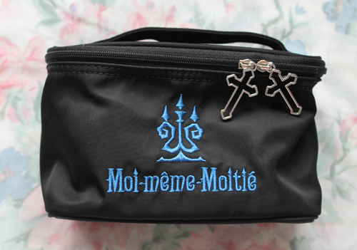 moitie makeup bag