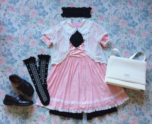 black and pink coord