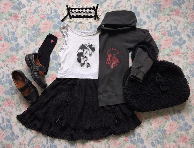 black whte and red putumayo coord