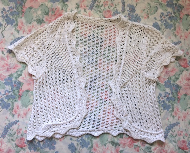white knitted bolero